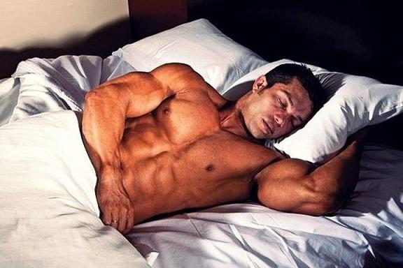 Сон после тренировки – важное условие для роста